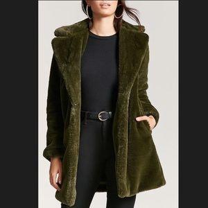 Forever 21 Premium label faux fur olive pea coat